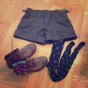 Olive wool blend shorts